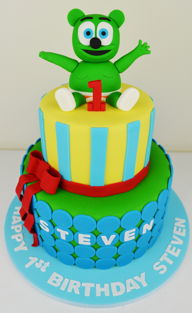 gummy bear cake ⋆