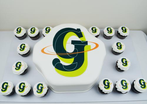 Logo - CC396 Cakes with company logo