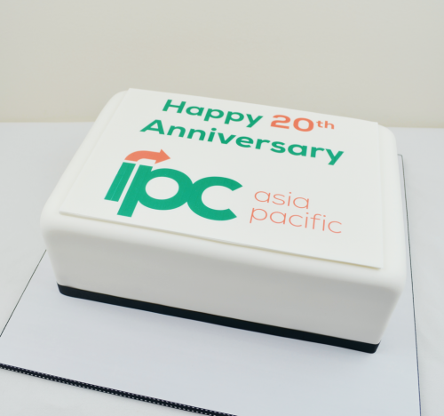 IPCA - CC386 Corporate cakes delivered