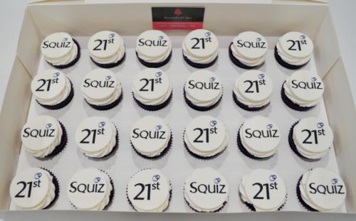 Logo cupcakes