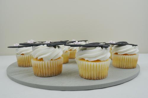 heel cupcakes