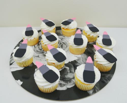 lipstick cupcakes