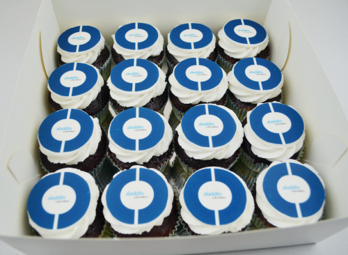 Logo Cupcakes - CC379